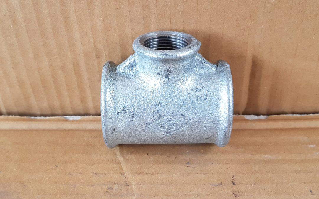 T a 90° ridotto in ferro 1.1/4×3/4×1.1/4