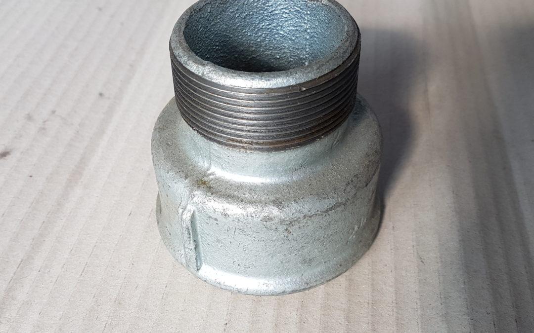 Manicotto ridotto in ferro 2.1/2×2 MF
