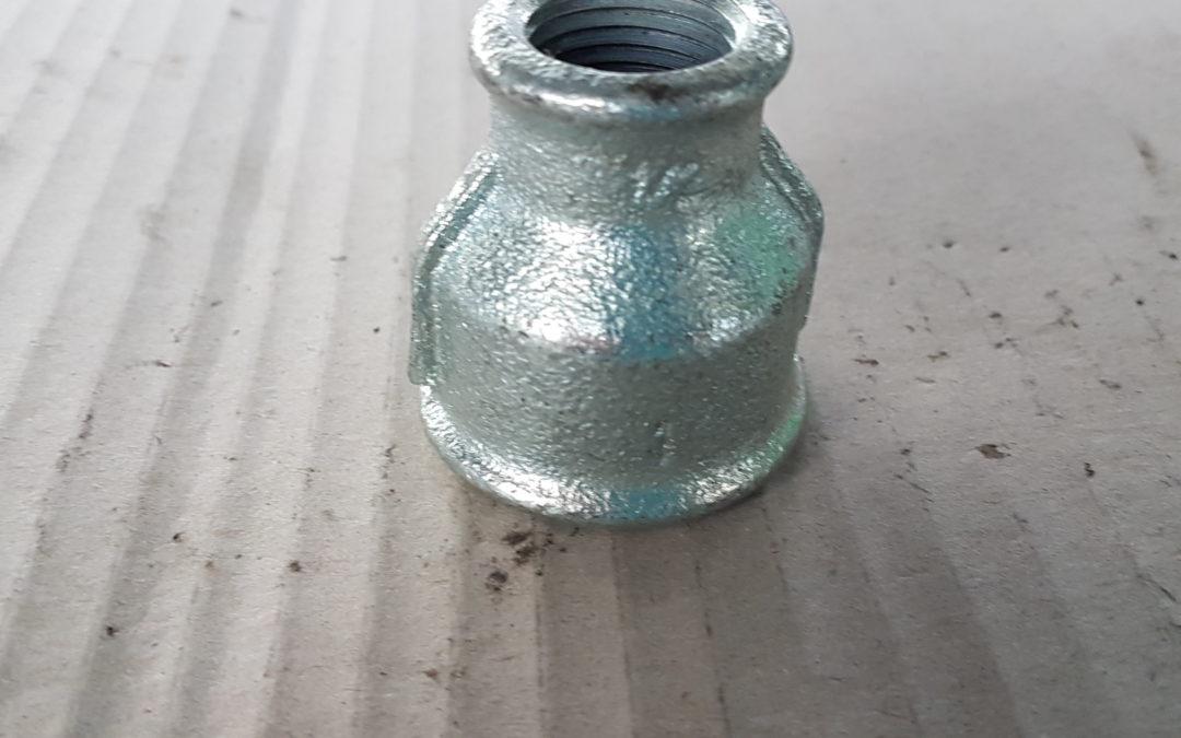 Manicotto ridotto in ferro 2×1.1/2 FF